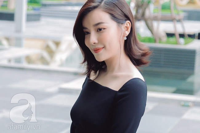 """""""Tiếng sét trong mưa"""" - Cao Thái Hà: Ba mất vì ung thư khi đang quay phim, tôi dừng đóng khóc suốt 3 ngày đêm  - Ảnh 10."""