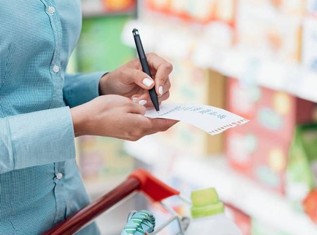 """Dễ mà khó: Làm cách nào để tiết kiệm được nhiều tiền nhất khi đi siêu thị, hãy nghe các chị em chia sẻ 7 """"bí kíp"""" tinh ranh  - Ảnh 5."""