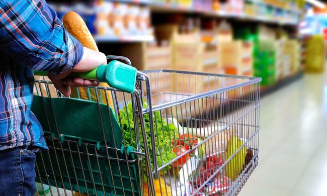 """Dễ mà khó: Làm cách nào để tiết kiệm được nhiều tiền nhất khi đi siêu thị, hãy nghe các chị em chia sẻ 7 """"bí kíp"""" tinh ranh  - Ảnh 2."""