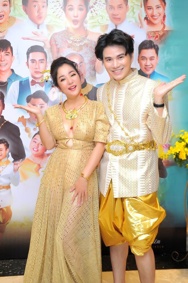 Thúy Nga sẵn sàng bán nhà, lý giải tin đồn mâu thuẫn nên không mời Việt Hương tham gia liveshow - Ảnh 3.