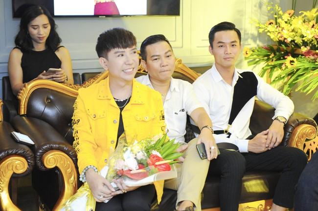 Thúy Nga sẵn sàng bán nhà, lý giải tin đồn mâu thuẫn nên không mời Việt Hương tham gia liveshow - Ảnh 9.