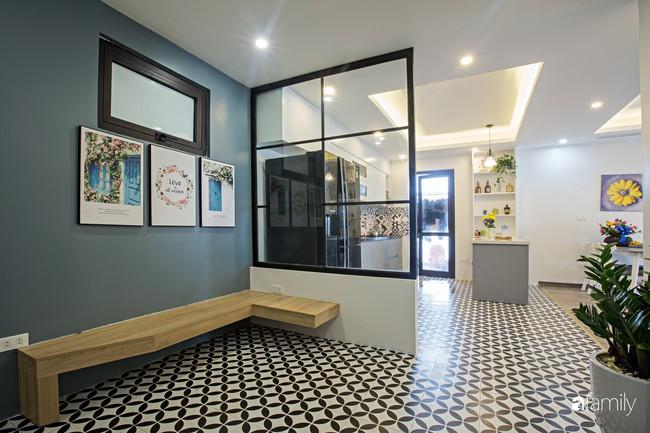 Căn hộ 100m2 thoáng sáng, tiện nghi theo phong cách đương đại ở Long Biên, Hà Nội - Ảnh 1.