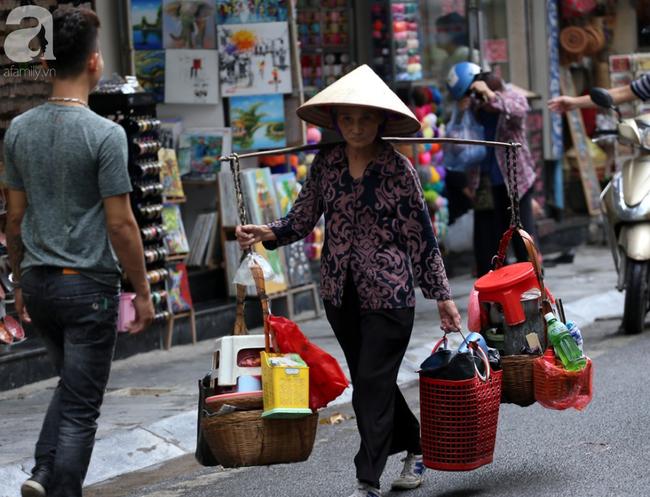 Người dân tận hưởng gì sau cơn mưa giúp không khí Hà Nội sạch hơn - Ảnh 12.