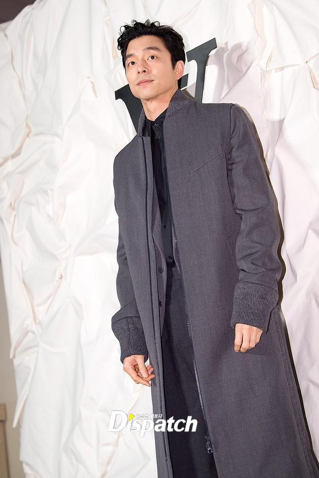 """Sự kiện nóng nhất showbiz Hàn: """"Yêu tinh"""" Gong Yoo điển trai phong độ, """"tình cũ"""" của cậu cả Brooklyn Beckham - Chloe Moretz lấn lướt dàn mỹ nhân Kbiz - Ảnh 10."""