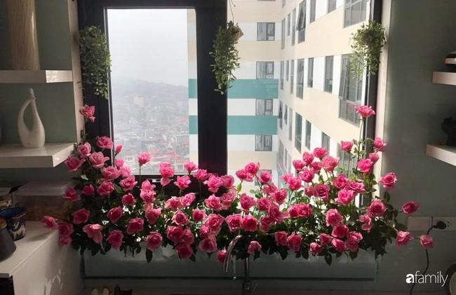 Căn bếp thơm hương của bà mẹ yêu thích cắm hoa trang trí nơi nấu nướng ở Hà Nội - Ảnh 11.