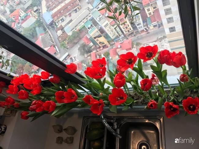 Căn bếp thơm hương của bà mẹ yêu thích cắm hoa trang trí nơi nấu nướng ở Hà Nội - Ảnh 9.