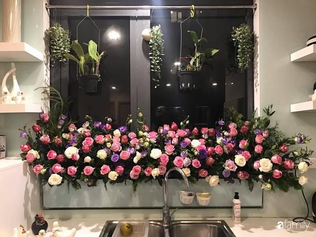 Căn bếp thơm hương của bà mẹ yêu thích cắm hoa trang trí nơi nấu nướng ở Hà Nội - Ảnh 6.