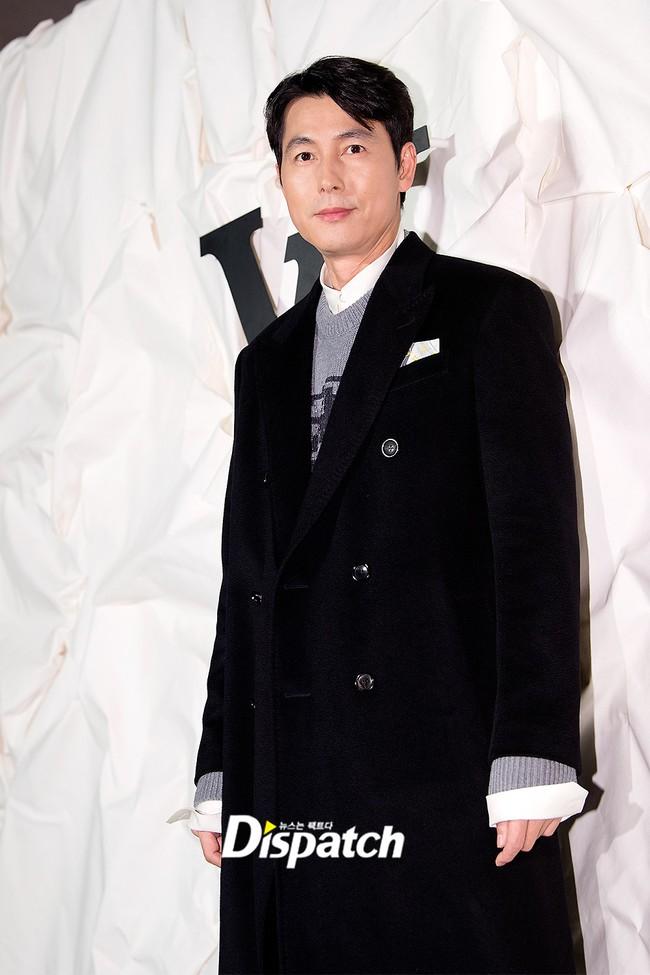"""Sự kiện nóng nhất showbiz Hàn: """"Yêu tinh"""" Gong Yoo điển trai phong độ, """"tình cũ"""" của cậu cả Brooklyn Beckham - Chloe Moretz lấn lướt dàn mỹ nhân Kbiz - Ảnh 19."""
