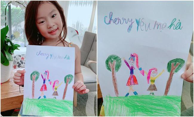 """Bà xã Lý Hải """"dậy thì thành công"""" trong tranh vẽ của con gái, nhưng khả năng viết chữ của Cherry cùng lời nhắn ngọt ngào mới bất ngờ - Ảnh 1."""