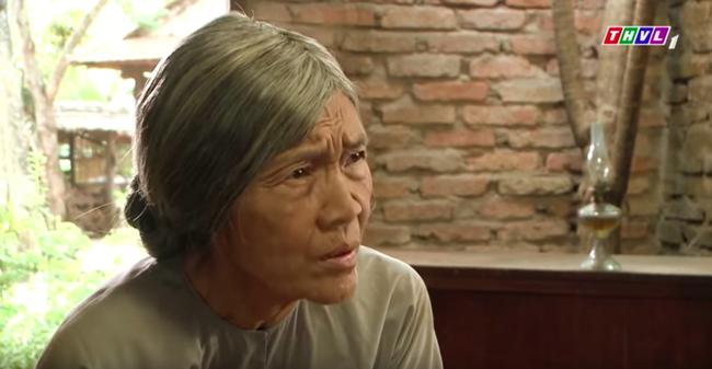 """""""Tiếng sét trong mưa"""": Trọn bộ cảnh Thị Bình - dì Bảy nhận ra nhau, Nhật Kim Anh khóc đến mức trôi hết phấn son - Ảnh 3."""