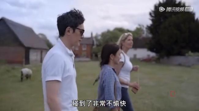 Lần đầu làm bố mẹ: Phùng Thiệu Phong - Triệu Lệ Dĩnh phải chụp mặt con vì sợ bệnh viện trao nhầm - Ảnh 2.