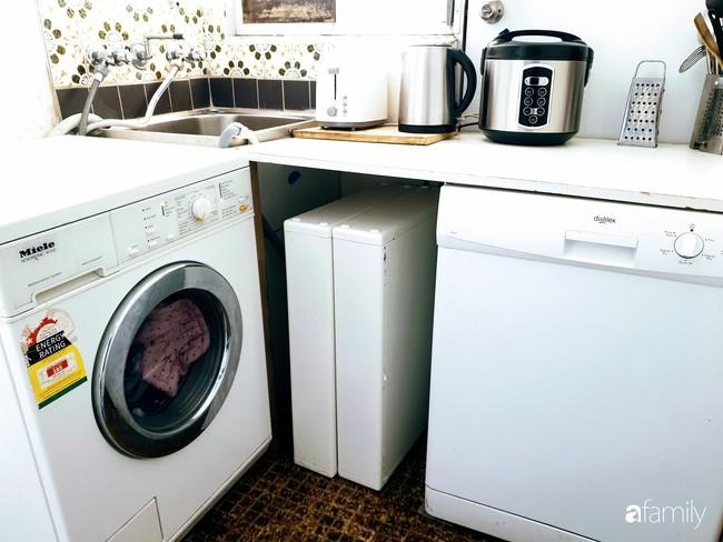 Căn bếp giản đơn, ấm cúng của mẹ trẻ yêu thích phong cách tối giản - Ảnh 8.