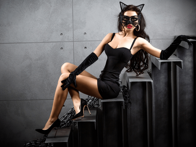 """Confession đêm Halloween táo bạo của cô vợ """"bậc thầy"""" sáng tạo, có gì thú vị khi nàng """"phù thủy"""" bỏ xiêm y? - Ảnh 2."""