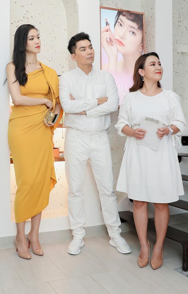 Lâu ngày tái xuất, Hoa hậu Việt Nam Thùy Dung vẫn đẹp nền nã không lẫn vào đâu được - Ảnh 7.