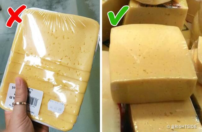 9 điều cần nhớ khi đi mua thực phẩm ở siêu thị để không mua phải hàng kém chất lượng - Ảnh 1.