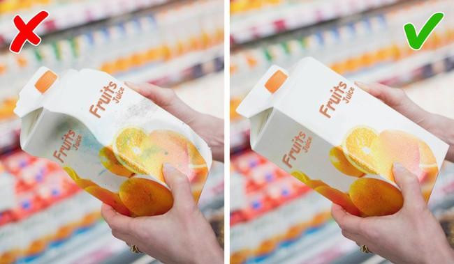 9 điều cần nhớ khi đi mua thực phẩm ở siêu thị để không mua phải hàng kém chất lượng - Ảnh 3.