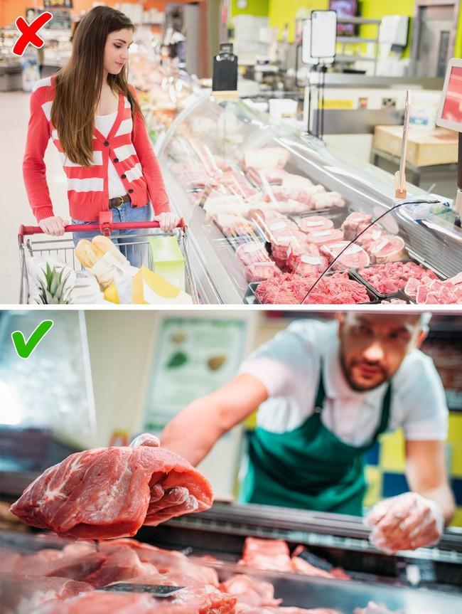 9 điều cần nhớ khi đi mua thực phẩm ở siêu thị để không mua phải hàng kém chất lượng - Ảnh 4.