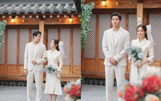 """Phim Hàn tháng 10/2019: Màn đối đầu giữa của Lee Dong Gun và Jang Nara, """"em gái mưa""""  Moon Geun Young tái xuất sau 4 năm - Ảnh 7."""