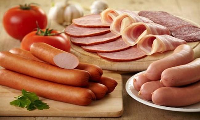 Xuất hiện nghiên cứu đánh bật lại việc khuyên cắt giảm thịt đỏ và thịt chế biến sẵn: Giới chuyên gia lật tẩy sự lừa dối trắng trợn! - Ảnh 4.