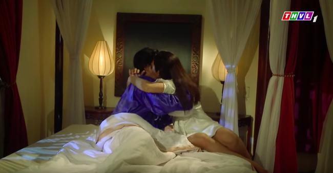 """""""Tiếng sét trong mưa"""": Hạnh Nhi - Thảo Trang công khai chuyện có ngực sexy trong cảnh nóng là nhờ dao kéo size siêu to   - Ảnh 8."""