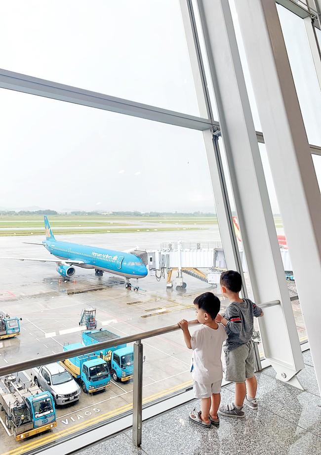 """Lần đầu đi du lịch không có người hỗ trợ, Ly Kute sửng sốt khi thấy con trai ra dáng """"dân du lịch chính hiệu"""" - Ảnh 7."""