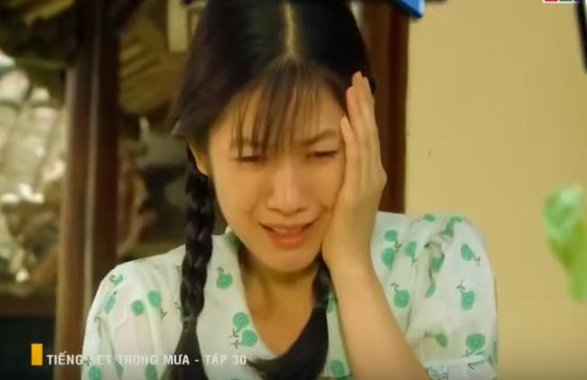 """""""Tiếng sét trong mưa"""": Con gái Thị Bình bị vợ kế Khải Duy tát thẳng mặt, mắng thêm câu """"đồ hèn mọn"""" dù không làm sai - Ảnh 5."""
