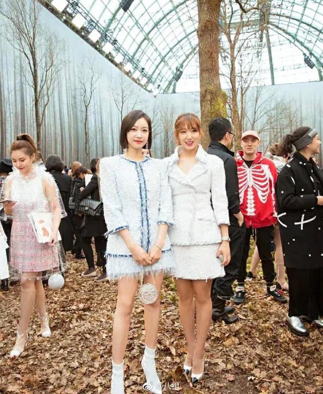 """Khi các mỹ nhân Hoa ngữ và Hàn Quốc đứng chung khuôn hình: Người lên đồ """"sương sương"""" vẫn nhận mưa lời khen, kẻ trang điểm lồng lộn lại bị chê già nua  - Ảnh 8."""