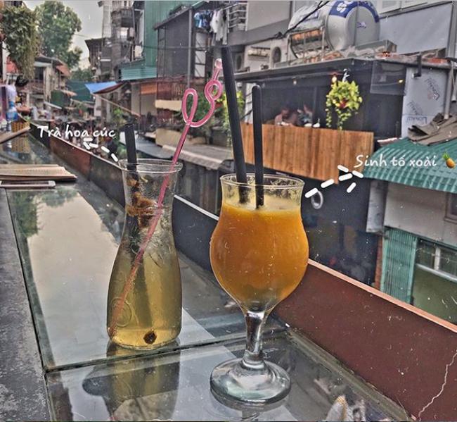 """Đến phố cafe đường tàu Phùng Hưng, nhâm nhi ăn gì uống gì ngồi chờ tàu cho hợp """"mốt""""? - Ảnh 13."""