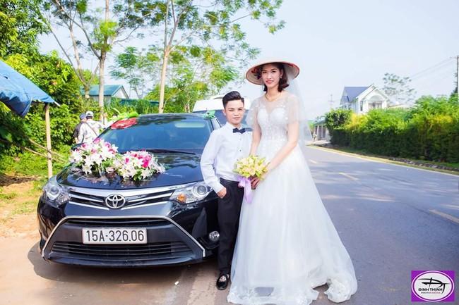 Đám cưới đặc biệt của cô dâu 1m94, chú rể 1m4, nhiếp ảnh gia tiết lộ sự thật đằng sau lời đồn cưới nhau vì gia cảnh giàu có - Ảnh 1.