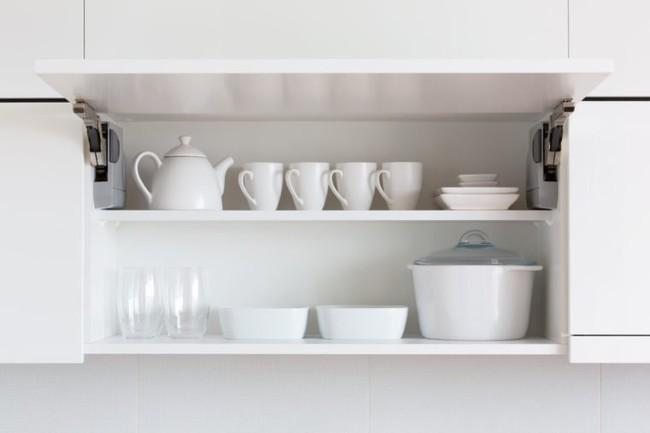 7 sai lầm trong khâu tổ chức khiến nhà bếp của bạn trở nên vô cùng luộm thuộm - Ảnh 1.