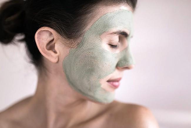 Mỹ nữ xứ Hàn bị bỏng rát mặt chỉ vì một lần đắp mặt nạ qua đêm: Lời cảnh báo thói quen làm đẹp chị em cần chấn chỉnh! - Ảnh 4.