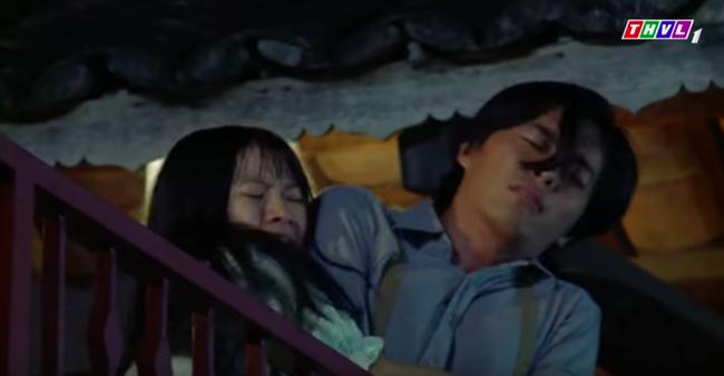 """""""Tiếng sét trong mưa"""": Quay cảnh nhảy lầu cao không cần bảo hộ, cậu Thanh Bình """"liều mạng"""" vì phim là có thật  - Ảnh 2."""