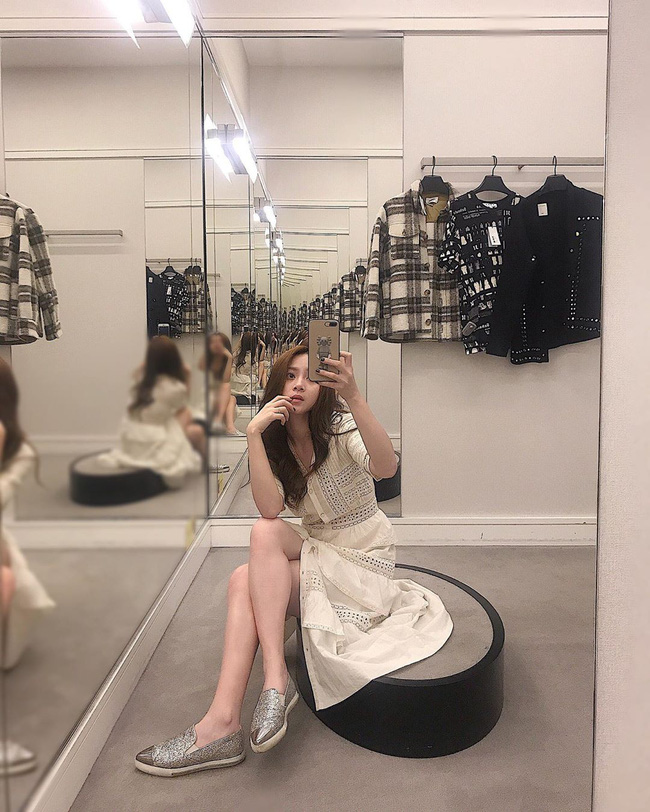 Tò mò về thân thế và chuyện tình cảm của rich kid Việt gây xôn xao mạng xã hội với màn shopping một lần hết 2,3 tỷ ở trời Tây  - Ảnh 7.