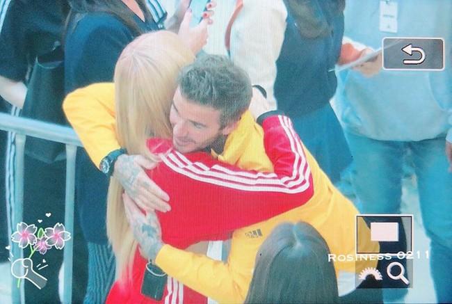 """Là nhóm nhạc nữ hàng đầu Kpop nhưng Black Pink gặp gỡ David Beckham lại """"hiện nguyên hình"""" fangirl e thẹn thế này - Ảnh 7."""
