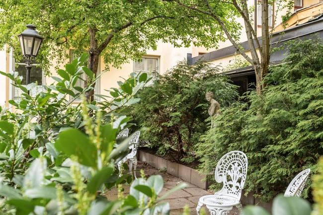 Một chút màu xanh coban sẫm cho căn hộ ở Nga đẹp sang chảnh đến khó cưỡng - Ảnh 12.