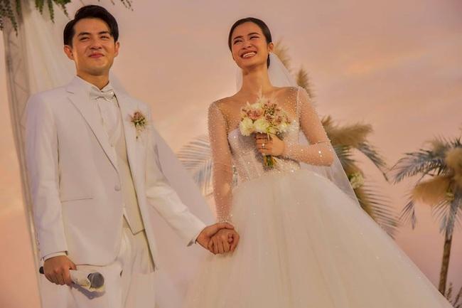 """Sự thật ẩn sau chiếc khăn veil của Đông Nhi chứa đựng tình cảm suốt 10 năm qua của cặp đôi """"trời định"""" - Ảnh 1."""