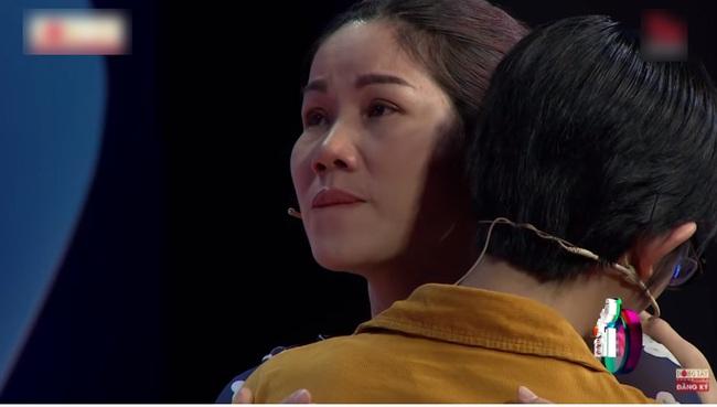 Trấn Thành bật khóc khi nghe Lâm Vỹ Dạ kể về quá khứ đầy cực khổ, từng tát con nhỏ vì không có tiền  - Ảnh 6.