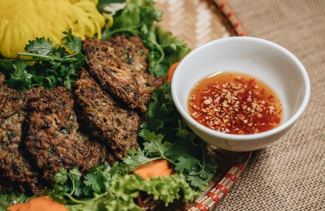 Chả rươi Hà Thành - tinh túy ẩm thực bạn chỉ có thể thưởng thức vào mùa này - Ảnh 11.