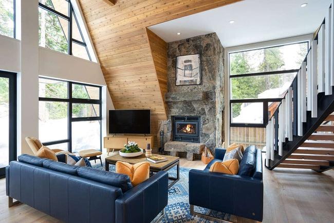 Ngôi nhà trong rừng đẹp như bước ra từ cổ tích cực thân thiện với không gian núi rừng - Ảnh 2.