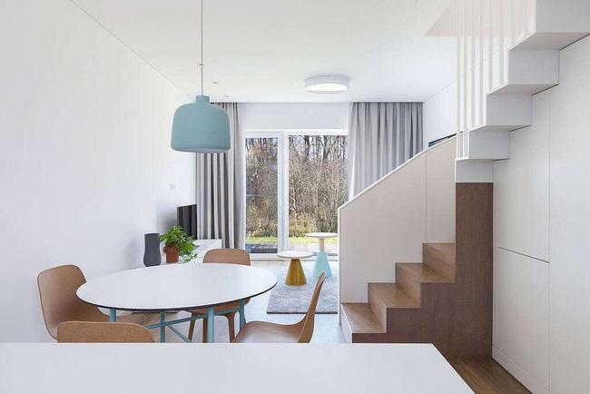 Nhà phố đẹp hiện đại với thiết kế vô cùng đơn giản, ai sống ở đây có lẽ cũng phát thèm - Ảnh 3.