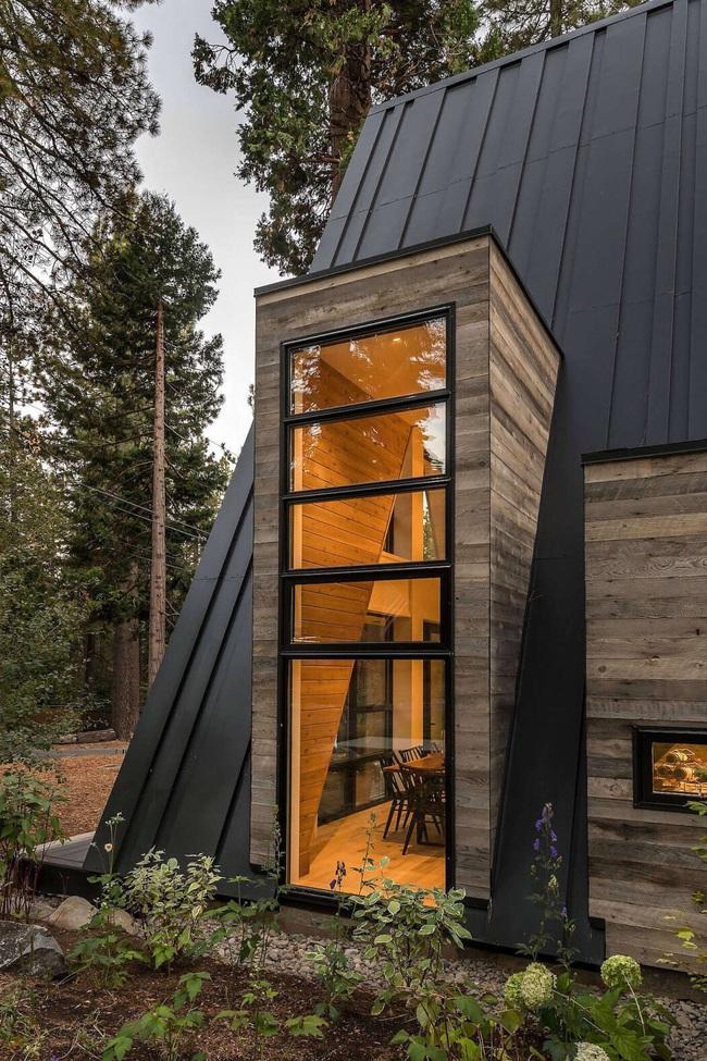 Ngôi nhà trong rừng đẹp như bước ra từ cổ tích cực thân thiện với không gian núi rừng - Ảnh 8.