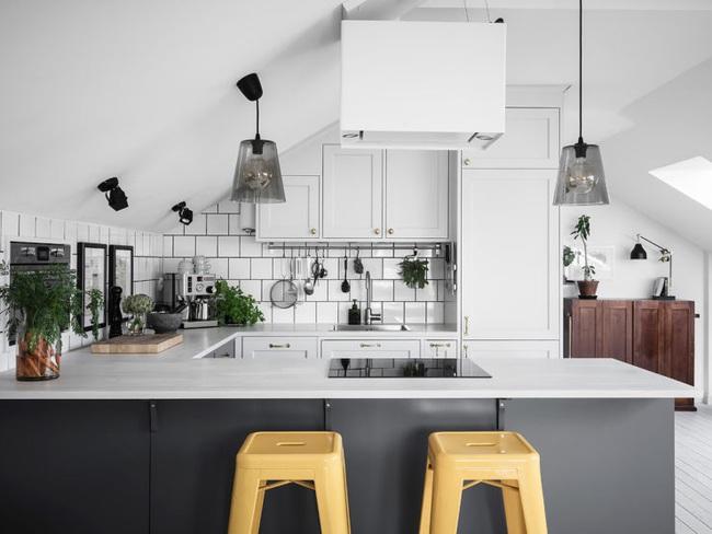 10 cách siêu nhanh và siêu dễ để tạo một không gian nấu nướng đẹp thanh lịch theo phong cách Scandinavian - Ảnh 1.