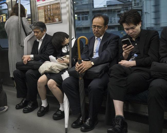 """""""7749"""" bí quyết của hội công sở Nhật Bản vừa giúp tiết kiệm tiền, vừa giúp bảo vệ sức khỏe và môi trường - Ảnh 3."""