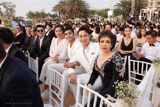 """Bị chê mặc đồ """"hơi lố"""" trong đám cưới Đông Nhi - Ông Cao Thắng, Việt Hương lên tiếng giải thích - Ảnh 5."""