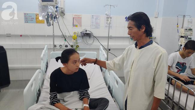 Con gái 12 tuổi được cứu sau khi bị viêm cơ tim nguy kịch, cha ôm nợ hàng trăm triệu đồng - Ảnh 2.