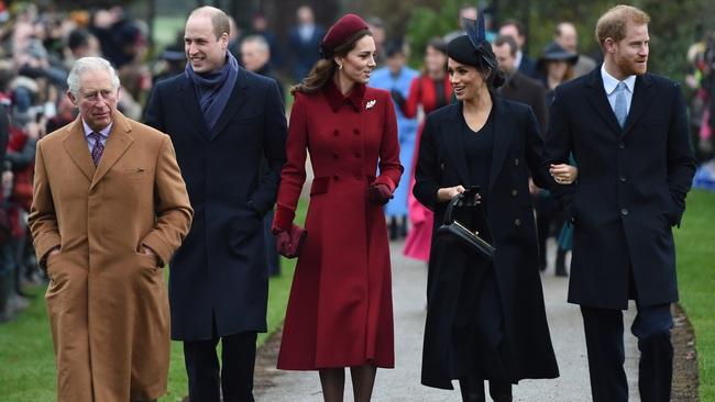 Meghan Markle hắt hủi Nữ hoàng Anh, tránh chạm mặt chị dâu Kate khi không đón Giáng sinh với gia đình nhà chồng - Ảnh 1.