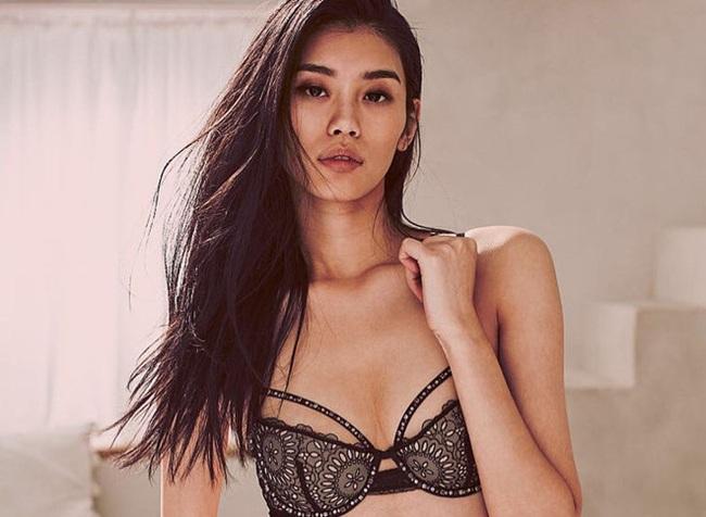 Cùng là thiên thần Victoria's Secret, trong khi Hề Mộng Dao thành công bước vào gia tộc hào môn thì Lưu Văn lại chưa hề trải qua mối tình nào - Ảnh 7.