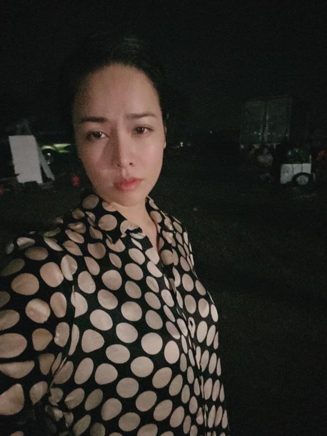 """""""Vua bánh mì"""": Nhật Kim Anh sốt cao vẫn quay phim đến nửa đêm, khổ cực như lúc đóng """"Tiếng sét trong mưa"""" - Ảnh 2."""