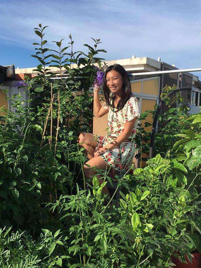 Cô gái trẻ quyết tâm biến sân thượng 20m2 thành khu vườn hữu cơ trồng không thiếu thứ gì khiến ai ngắm cũng ngỡ ngàng - Ảnh 2.