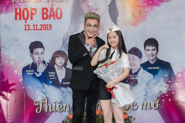 Bỏ qua ồn ào với vợ cũ Xuân Hương, Thanh Bạch xuất hiện với tóc vàng nổi nhất đám đông - Ảnh 5.